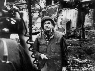 53-11296-walter-cronkite-reports-on-tet-offensive-vietnam-1968-1388162943